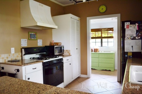 9 kitchen 2 (570x380)